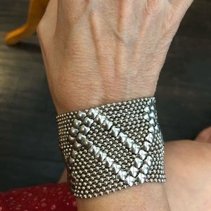 Jewelry - Mesh snap bracelet